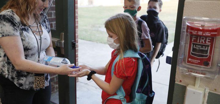 达拉斯地区学校重新开放,送孩子去学校之前您需要了解的一些事情