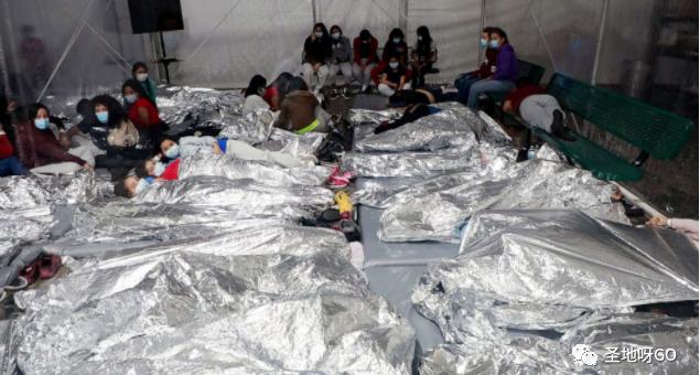 非法移民领走43亿美元纾困金!难怪10万人拼命闯美国