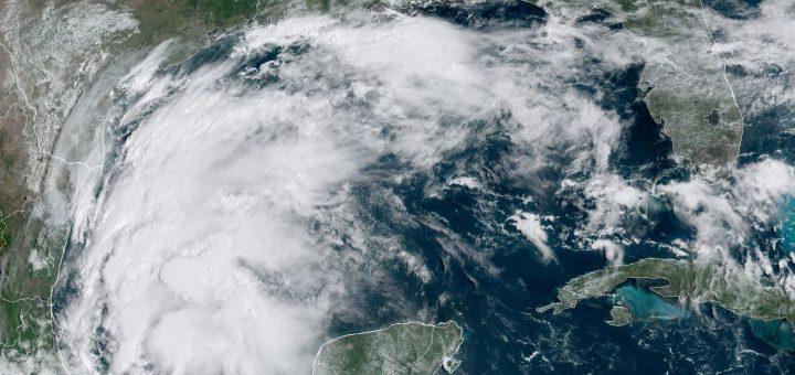 热带风暴尼古拉斯来袭 德州或现强降雨